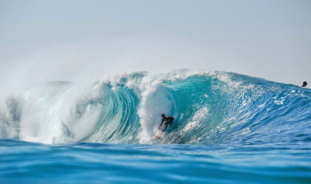 33 Billabong Pipe Masters 2014 Seth Moniz Foto ASP