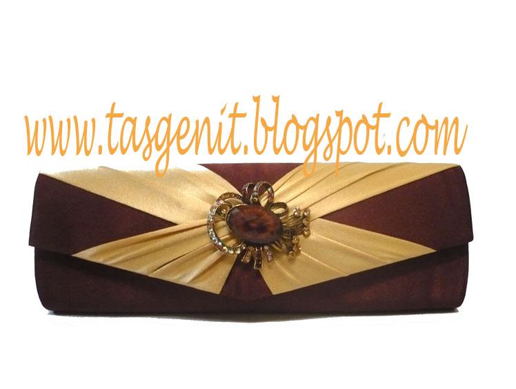 Tas Pesta Cokelat Tua-Pita silang Gold (TERJUAL/KODE 682)