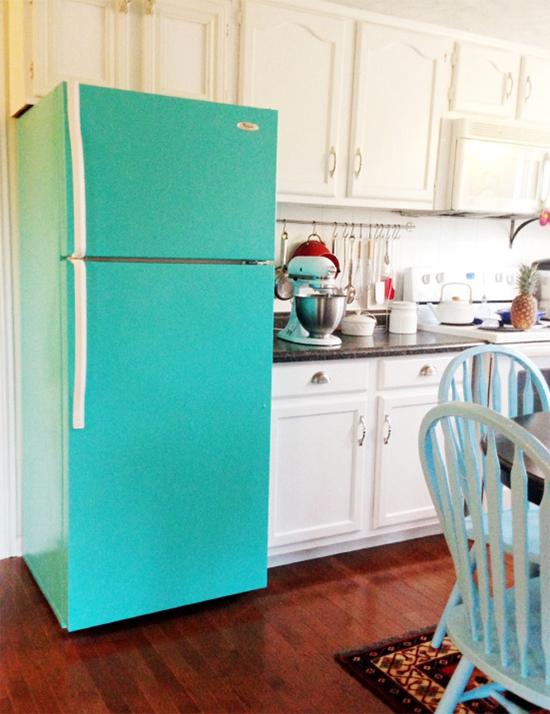 geladeira pintada, geladeira colorida, colorful refrigerator