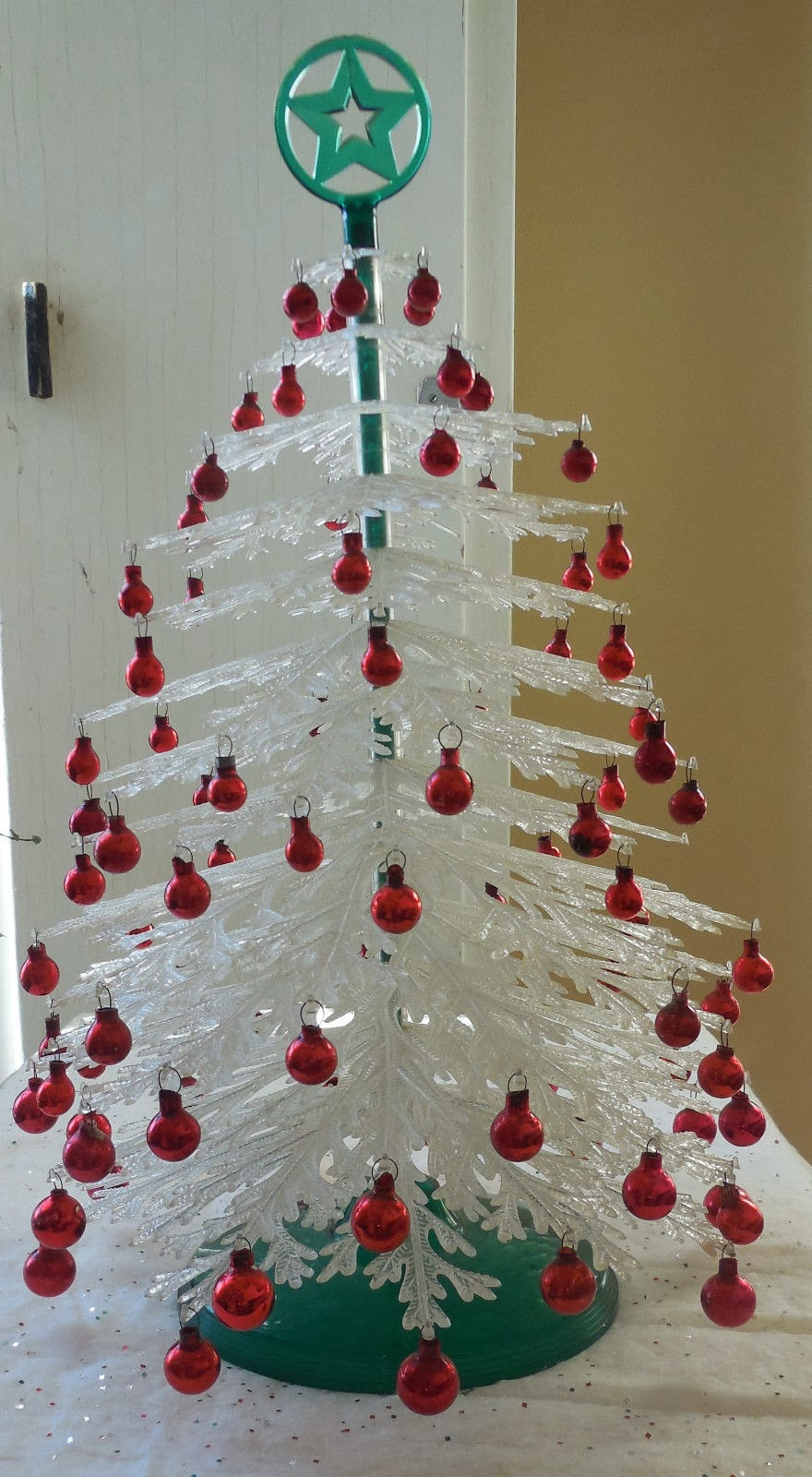 Gold country girls vintage plastic christmas trees for Where can i buy a red christmas tree