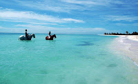 Best Beach Honeymoon Destinations - Playa del Carmen, Yucatan, Mexico