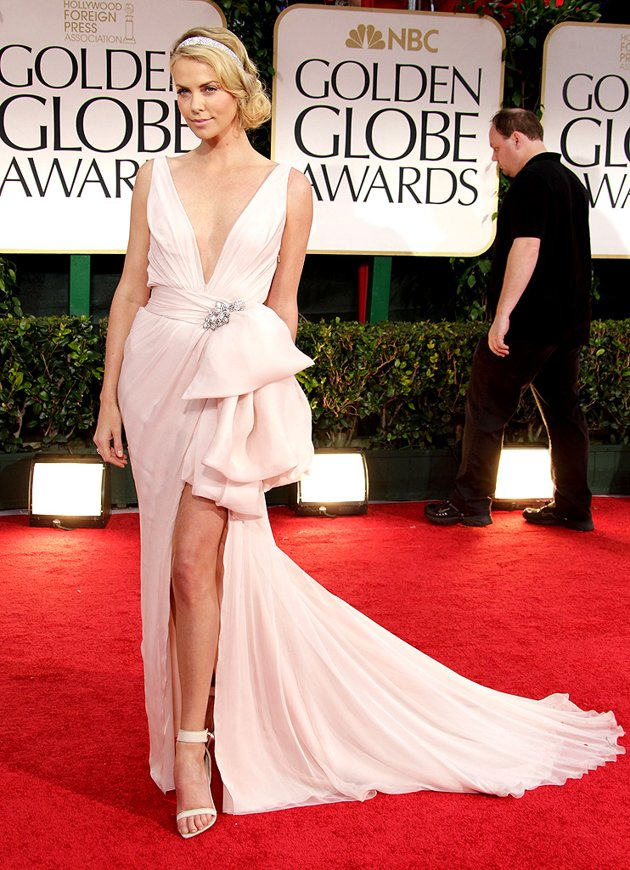 Hot Art Images: charlize theron red carpet