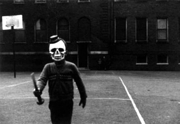 fotografia antigua de esqueleto en halloween
