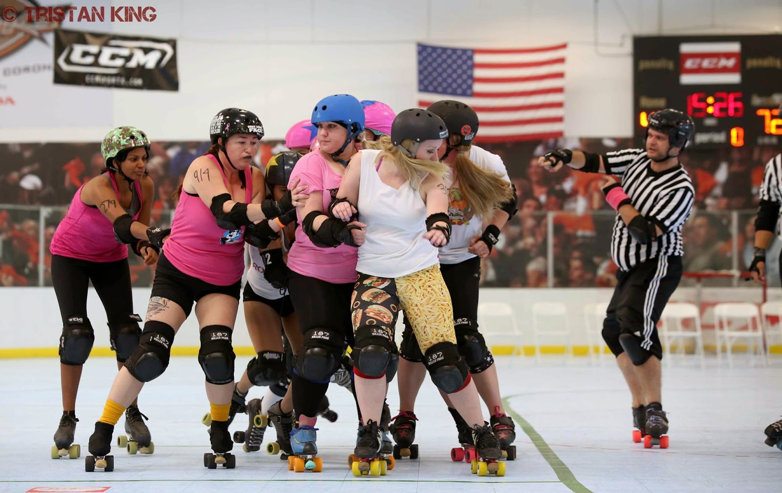 Roller skating visalia -  Girls You Normally Skate Against And Having Them Be On Your Team Center And Up Front Is Black And Blue Cheese I Hear She S Up For Grabs