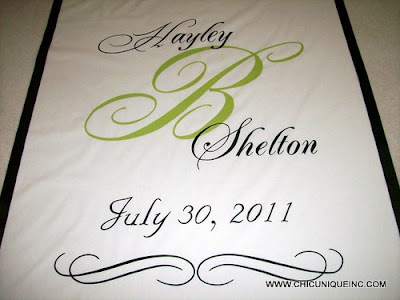 Aisle Runners  Weddings on Chic Unique Aisle Runners  Monogrammed Aisle Runner