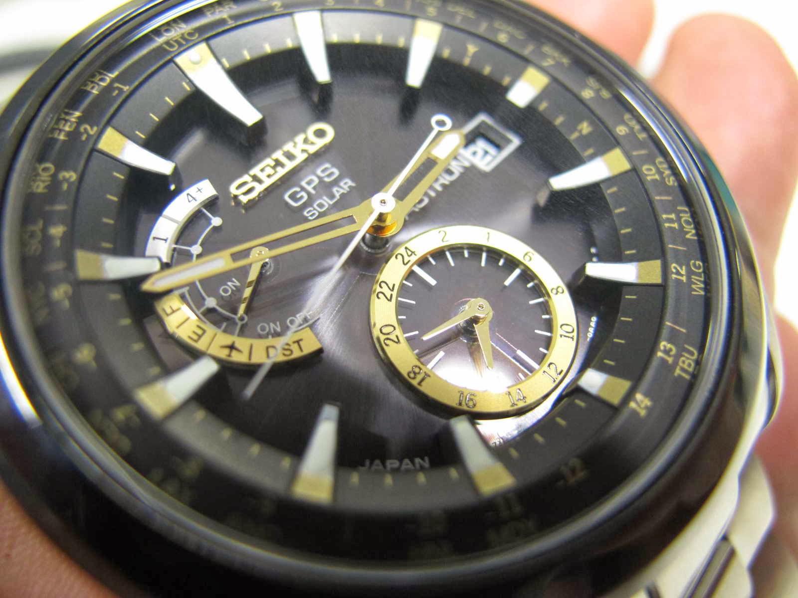 Kondisi SEIKO ASTRON ini Brand New Watch lengkap dengan box manual dan warranty card Cocok untuk Anda yang sedang mencari jam tangan Japan made