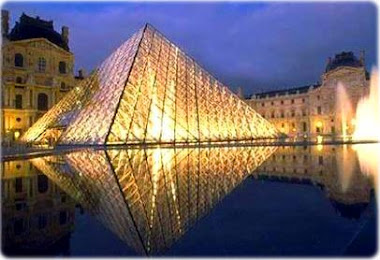 Pirâmide- Louvre