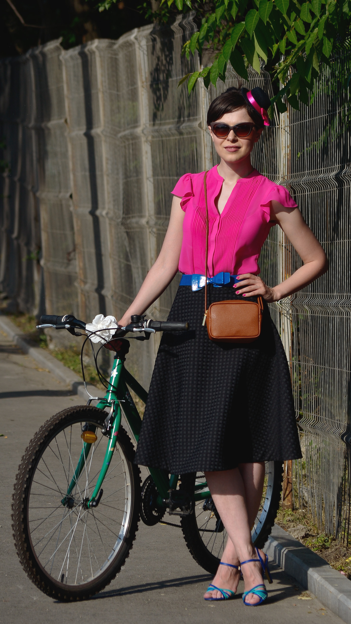 bike skirt cobalt blue sandals bright orchid chic topper 2014 Bucuresti