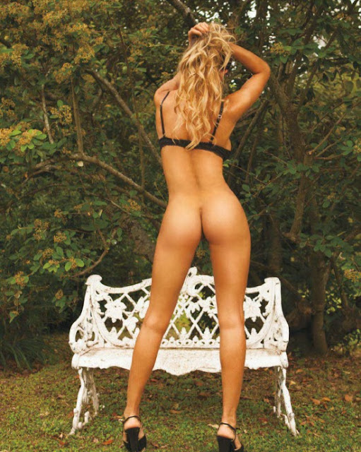 Pretty Argentinian girl Leonela Ahumada posing naked in Playboy December 2013 issue