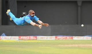 Shikhar-Dhawan-Dive-India-vs-Srilanka-Tri-Series-2013