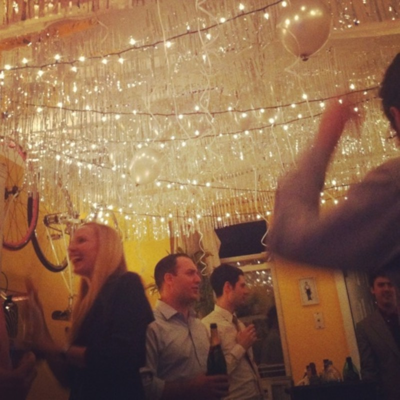 Angenuity: My Favorite New Year's Eve Party Decorations