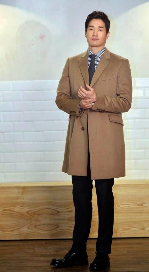 Yoo Ji Tae sebagai Kim Moon Ho