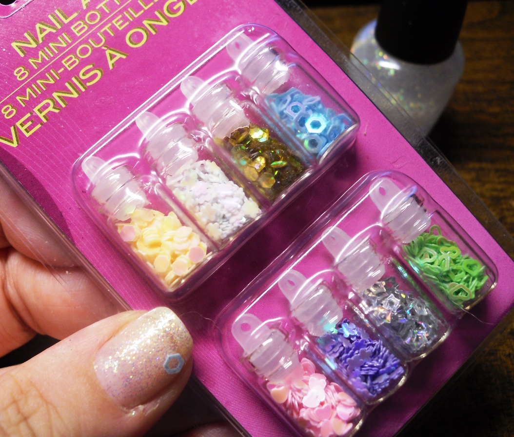 Clever Soiree Glitter Gears Nails