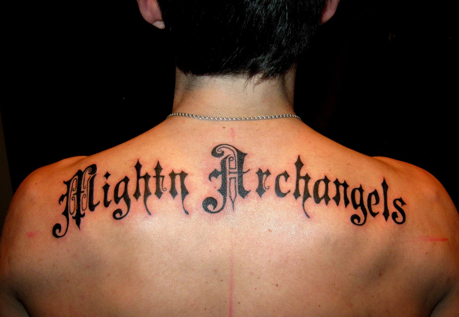 Фото эскизы татуировок надписи