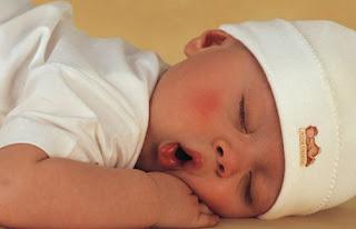 Uyuyan Bebek, yeni doğan bebek malzeme listesi