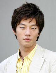 Biodata Lee Chun Hee Pemeran Kang Eun Hyuk