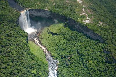 اجمل الشلالات العالم kaieteur-falls-7.jpg