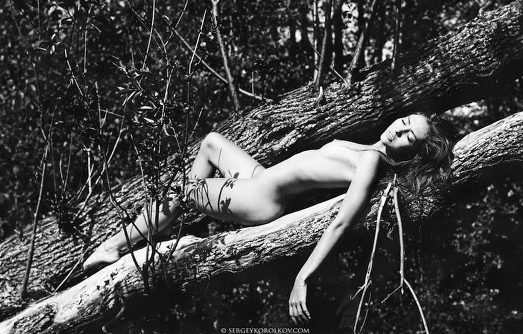 fotos-artisticas-de-mujeres-bonitas-blanco-y-negro