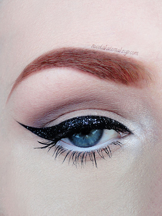 how to use urban decay glitter eyeliner