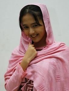 dewasa mengintai istri tetangga jilbab memek lebat