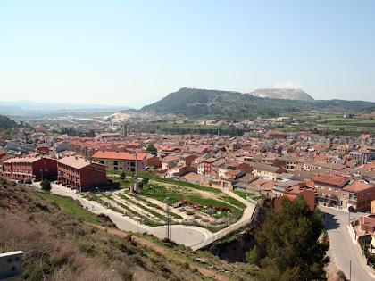 Panoràmica de Sallent amb el Cogulló i la Muntanya de la Sal al seu fons. Autor: Carlos Albacete