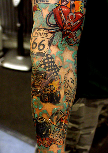 sleeve tattoo much but most of tattoo lovers like this style tattoo ...