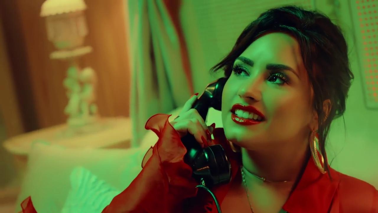 Luis Fonsi Demi Lovato La Culpa Download Video Echame Hd Chedee Media Official Site