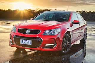 Holden VFII Commodore SSV Redline (2016) Front Side