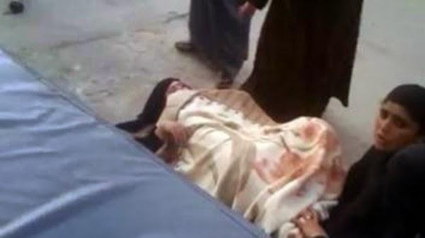 Wanita terpaksa bersalin di kaki lima hospital kerana tidak dibenarkan masuk