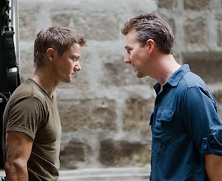 Shivom Oza: The Bourne Legacy (2012) Review by Shivom Oza – Action