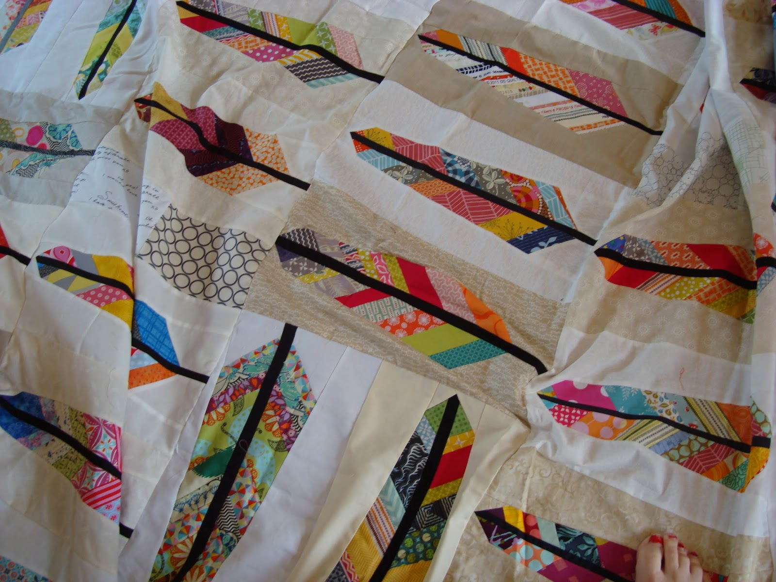 Anna Maria Horner - my hero / charm about you : anna maria horner feather quilt - Adamdwight.com