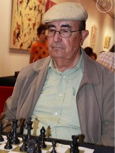 http://2.bp.blogspot.com/-0zq4ZgKMd9g/TVRRbcQKmgI/AAAAAAAAD1w/5OM9X338C-g/s400/Ernesto_Loureiro.jpg
