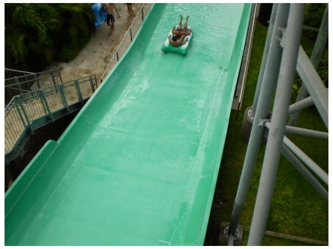 hither yous tin play similar a slide amongst the tires Beaches in Bali: Waterbom Kuta Bali – Waterpark Fun