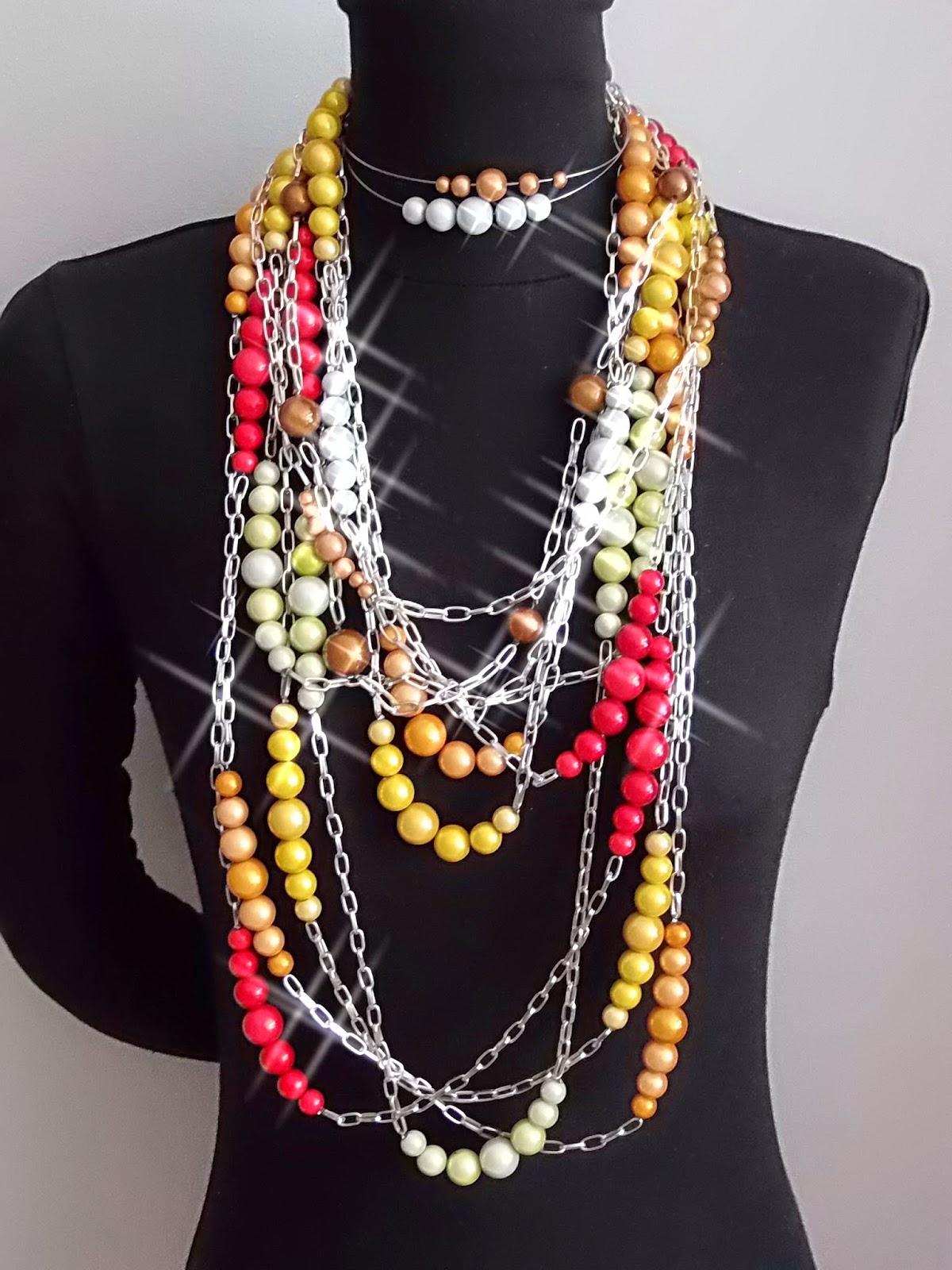 Création robes et costumes, bijoux et accessoires de mode