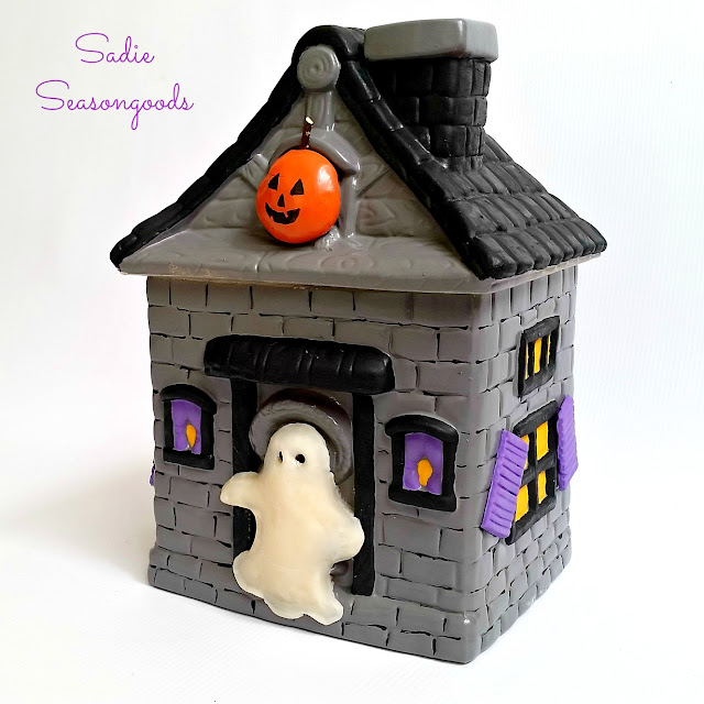 Thrifted cookie jar Halloween Haunted House