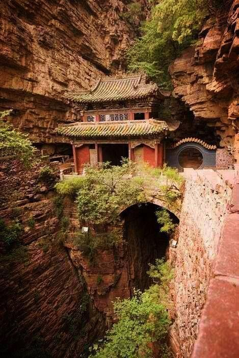 Templo en las montañas