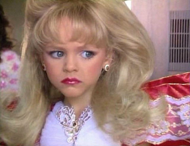 Living Dolls: The Making Of A Child Beauty Queen [2001 TV Movie]