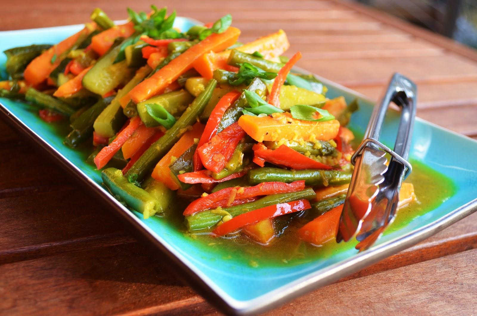 Gormandize indonesian cuisine vegan indonesian recipes acar kuning forumfinder Gallery
