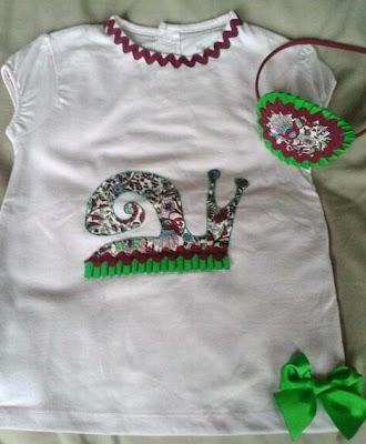 conjunto de camiseta y diadema, ideal para las niñas en esta primavera con detalle de caracol
