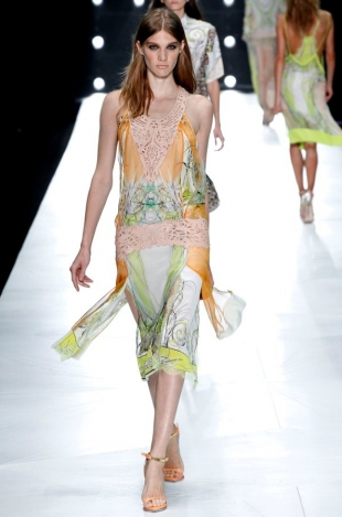 Roberto-Cavalli-Collection-Spring-2013-8