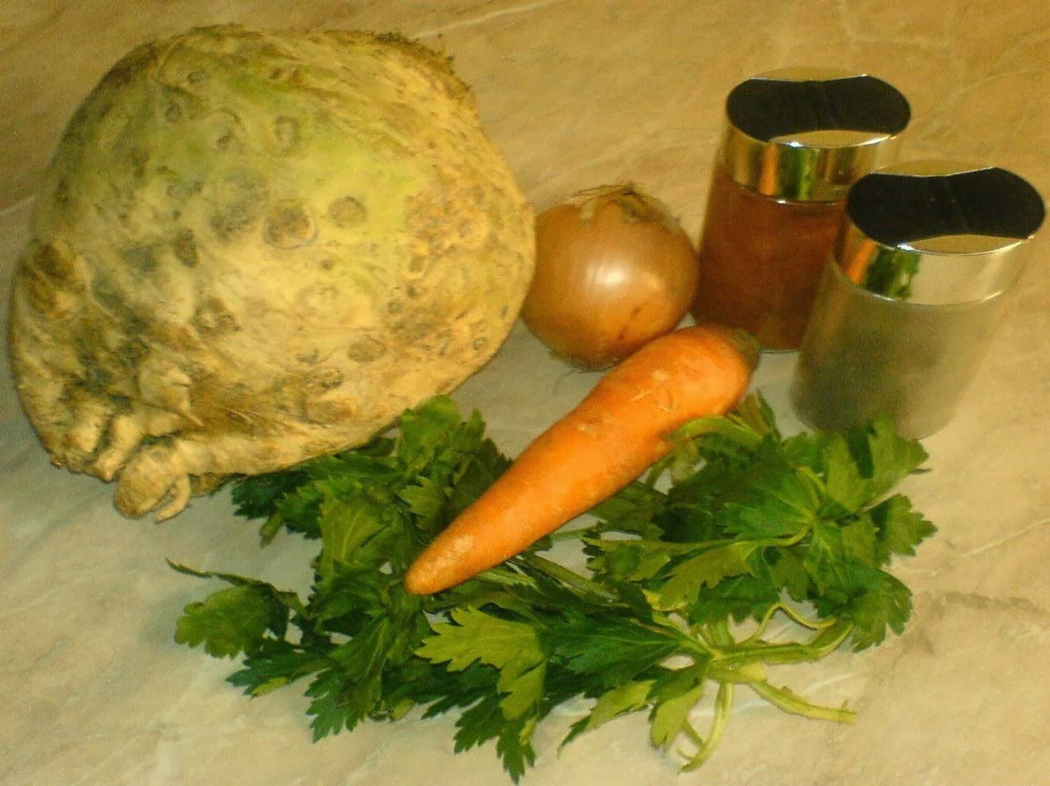 retete de post, retete de mancare, supa crema de telina, retete culinare, preparate culinare, retete dietetice, diete de slabit, cura de slabire, macaruri de post, retete cu legume, supa crema de legume, retete afrodisiace, retete supe creme, supe, supe creme, retete supe creme de legume, crema de telina, crema de legume, supa crema de telina ingrediente,