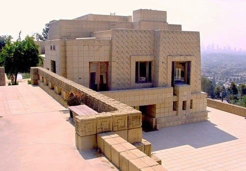 Golden dreamland california architectural gem ennis house for Frank lloyd wright houses in california