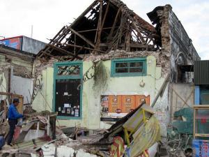 Awas! Tsunami Jawa Lebih Dahsyat Dari Sumatera [ www.BlogApaAja.com ]
