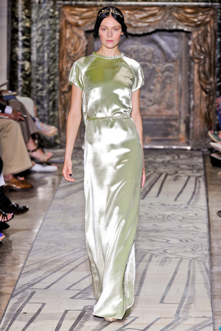 VALENTINO - Haute Couture 2011/2012 - 2