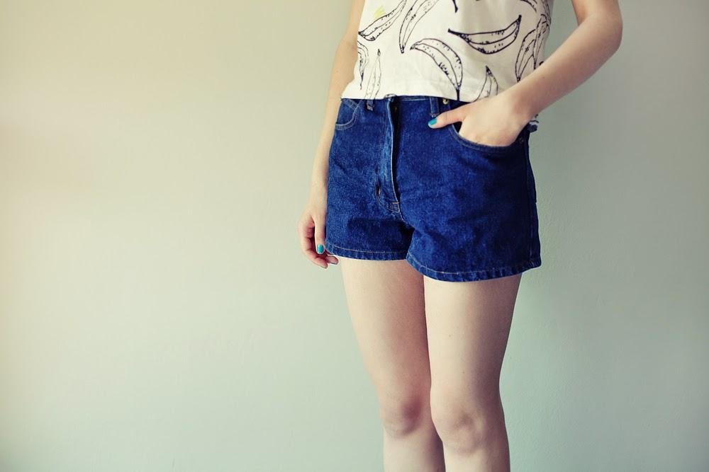 jak rozciągnąć jeansowe szorty