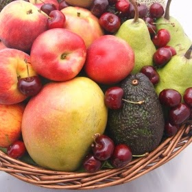 fresh fruit basket for Eleebana delivery