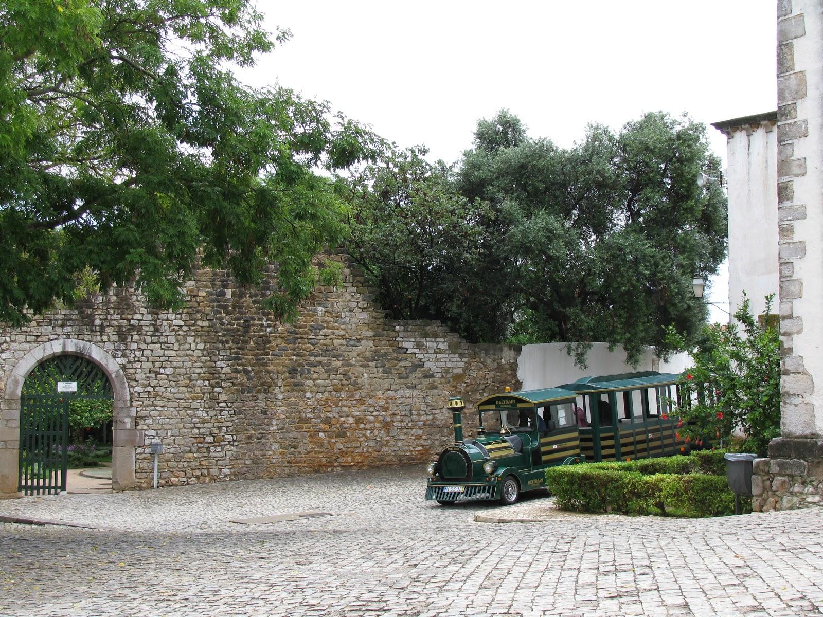 вход в Замок Тавира
