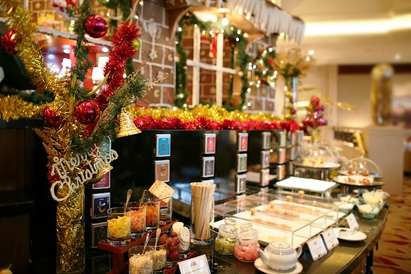 Christmas High Tea Buffet at Lobby Lounge, Shangri-La Jakarta