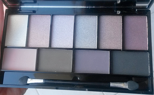 luxe-pretty-edgy-eye-palette-make-up-academy