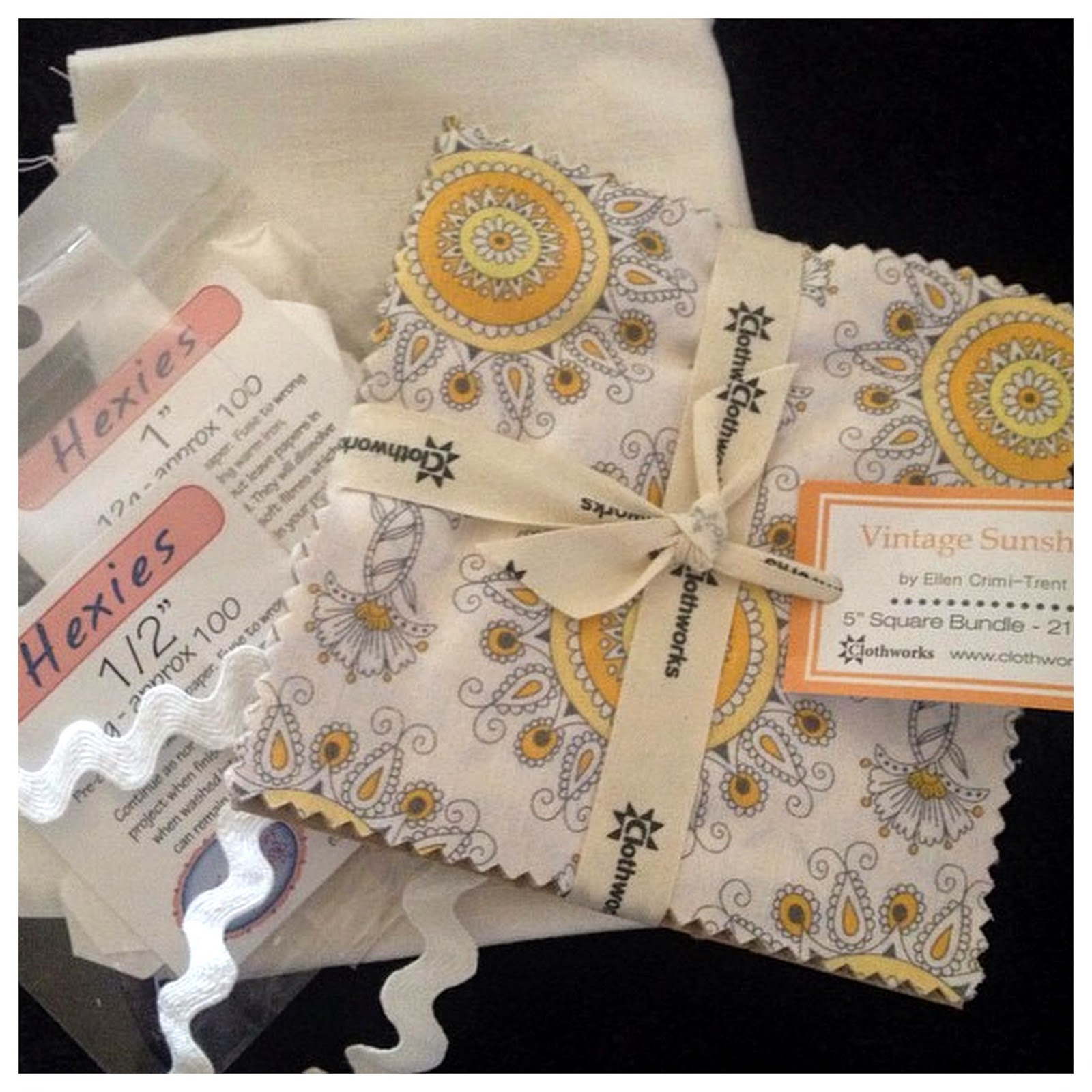 FitzBirch Crafts: Hexagon Patchwork Pin Cushion : sew bright alpine quilting - Adamdwight.com